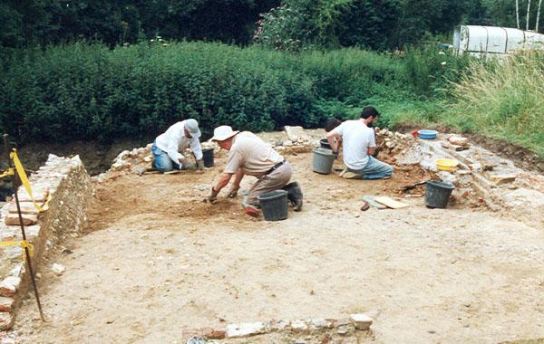 Tudor Sundial Find Site